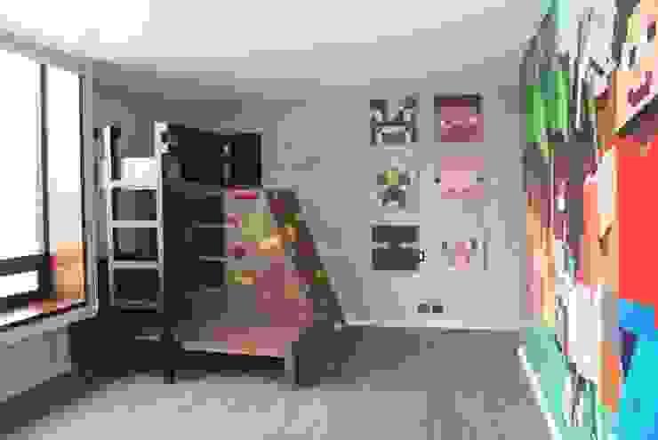 Vista general del cuarto de Caio Espacios Infantiles Moderno