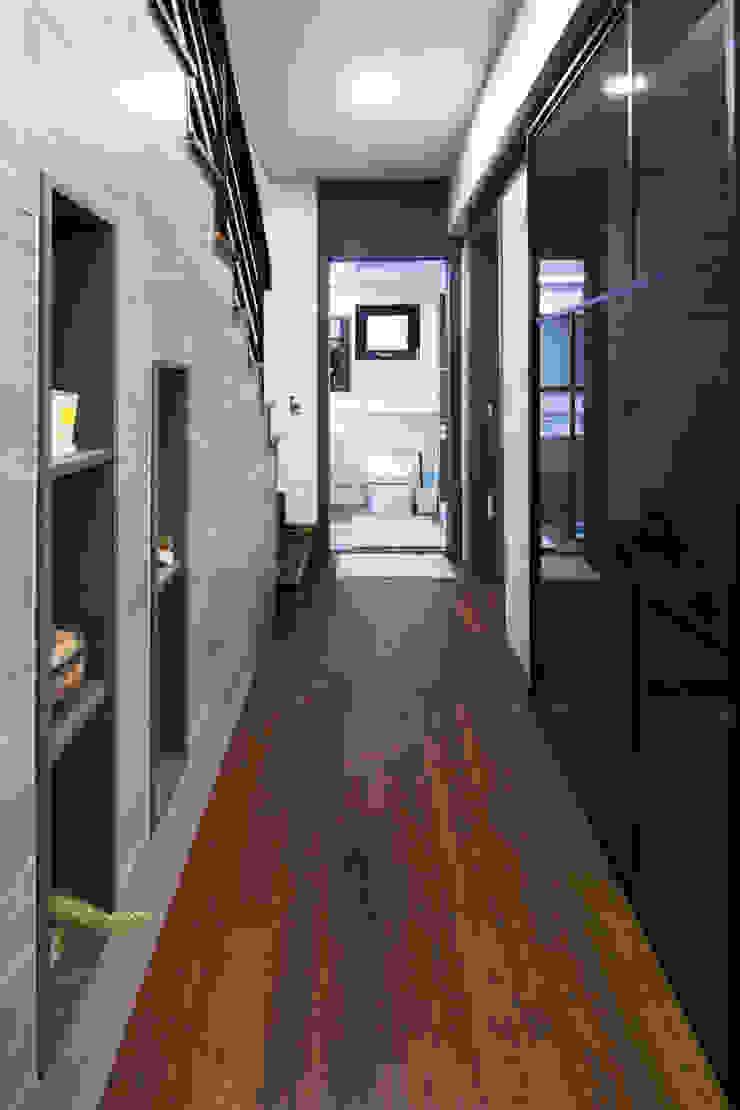 윤성하우징 Asian corridor, hallway & stairs