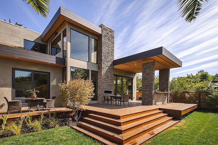 Exterior OF Farm House: modern  by Asia Interiors ,Modern