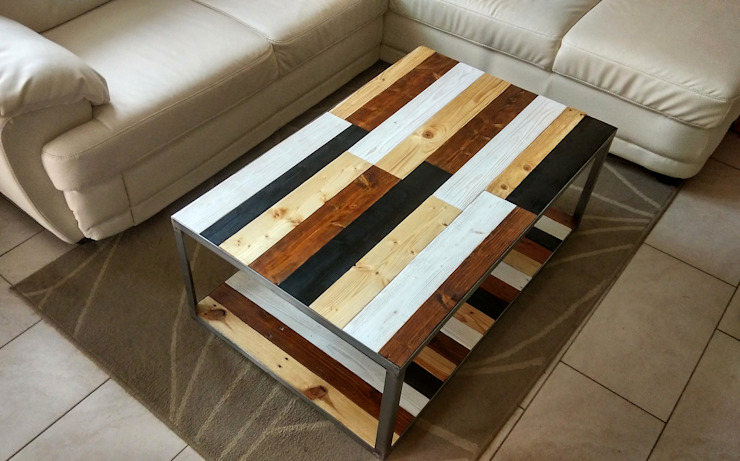 "Coffee table ""The Joker"":  in stile industriale di IDEA - Ivan de Angelis, Industrial Legno massello Variopinto"
