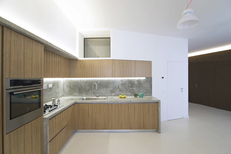 ALONG THE LEVEE R3ARCHITETTI Cucina minimalista