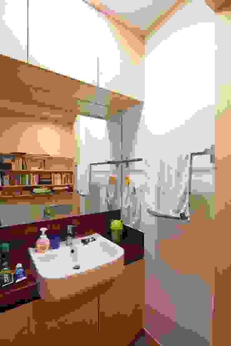 도곡리 주택 Modern bathroom by 위드하임 Modern