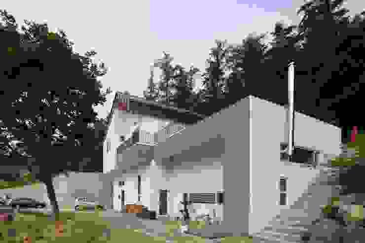 도곡리 주택 Asian style houses by 위드하임 Asian