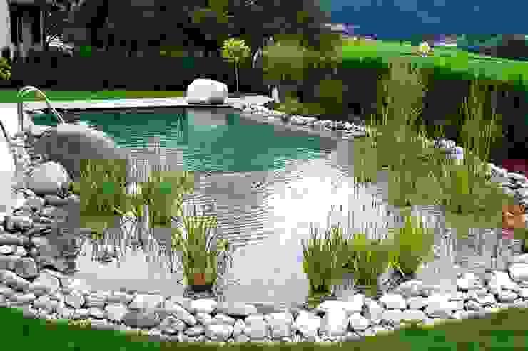 Piscinas  por Bio Göl Havuz (Biyolojik Gölet ve Havuz Yapısalları)