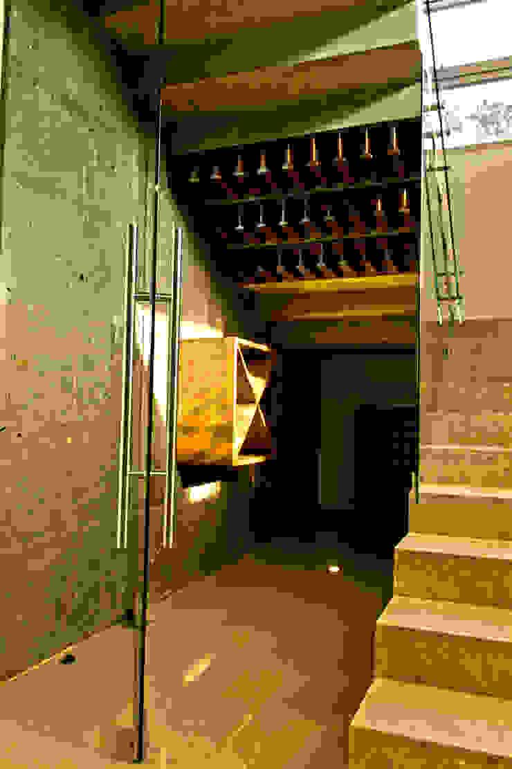 Valle Imperial 212 Bodegas modernas de 2M Arquitectura Moderno