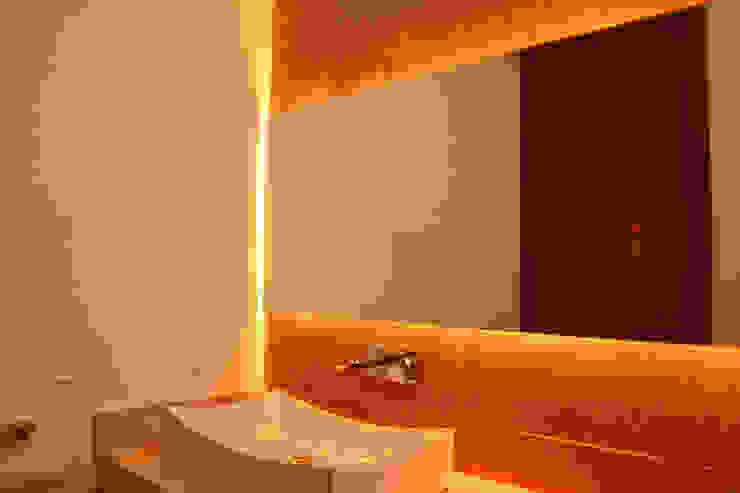 Valle Imperial 212 Baños modernos de 2M Arquitectura Moderno