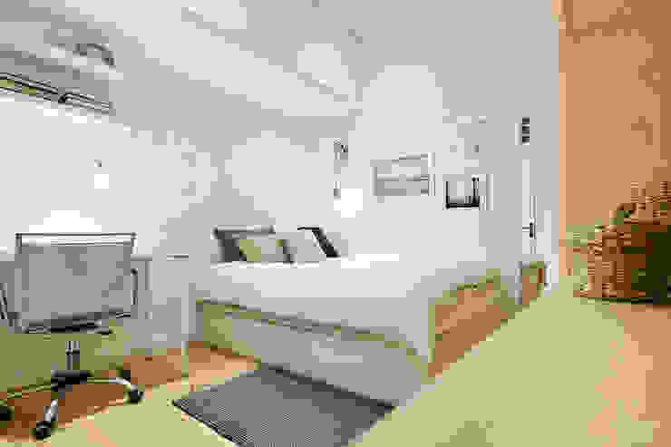 Спальня в скандинавском стиле от Dröm Living Скандинавский