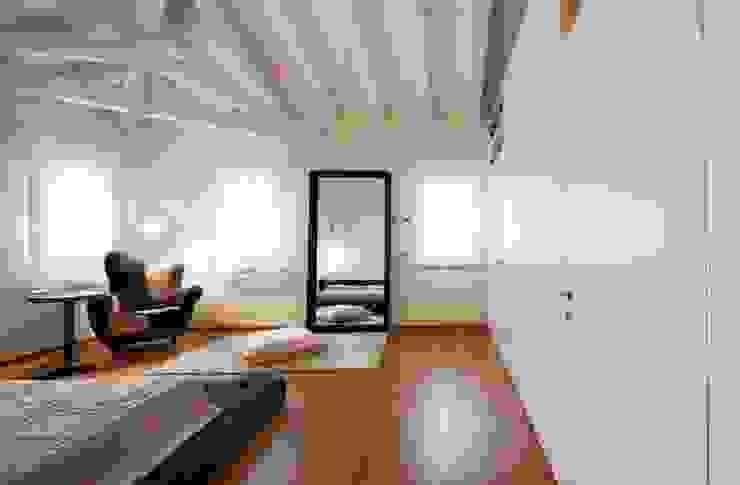 ALDENA Modern Bedroom