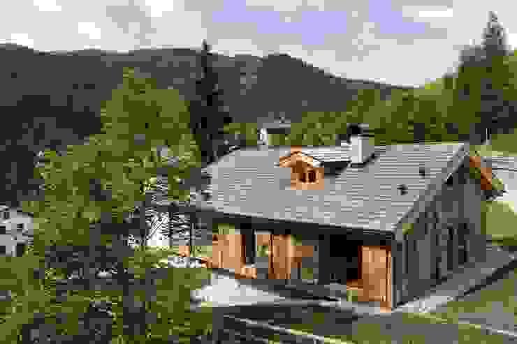 ALDENA Nhà phong cách mộc mạc Gỗ Wood effect
