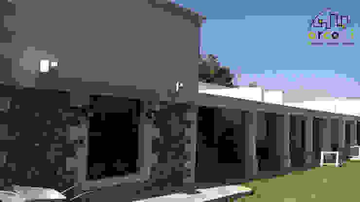 Casas de estilo colonial de ARCO +I Colonial