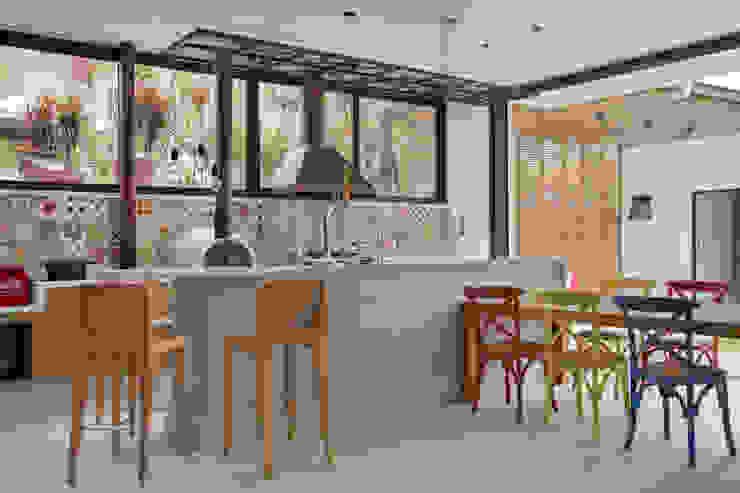 area gourmet Salas de estar modernas por homify Moderno