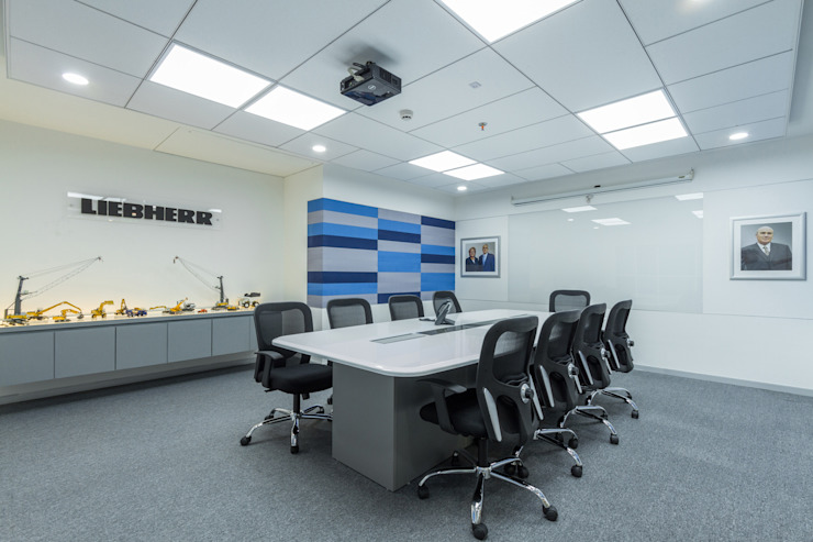 Conference Room: industrial  by DeFACTO Architects,Industrial