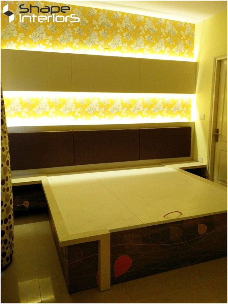 Guest room Bed Shape Interiors Modern style bedroom