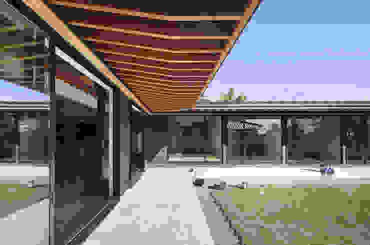 根來宏典建築研究所 ระเบียง, นอกชาน หิน Wood effect