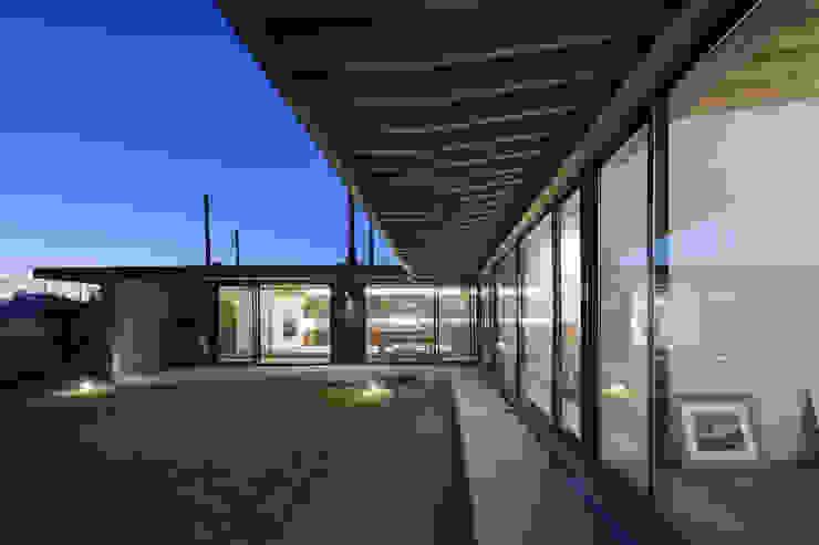 根來宏典建築研究所 บ้านและที่อยู่อาศัย ไม้ Black