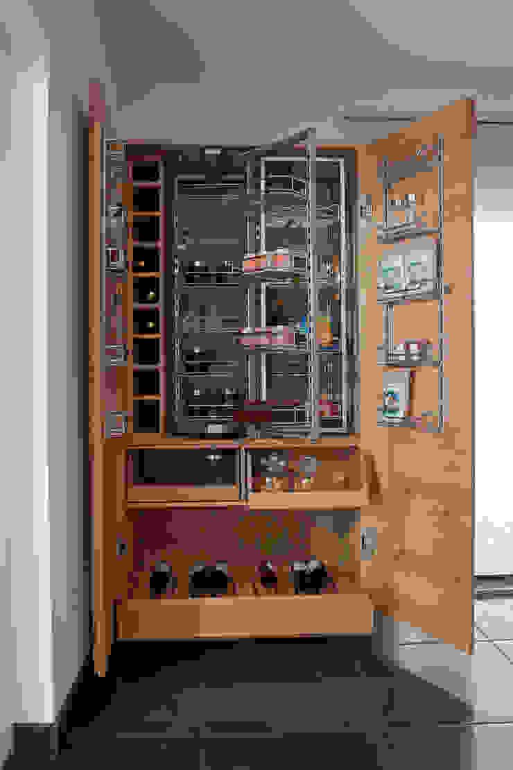 BAUR WohnFaszination GmbH Modern kitchen Wood Brown