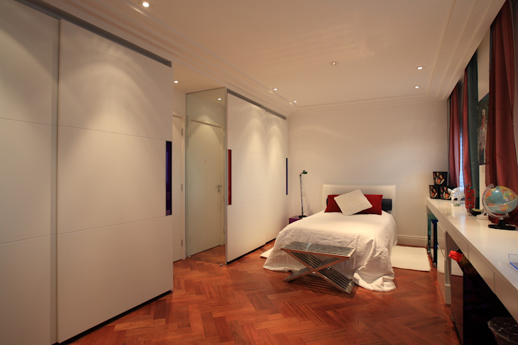 Eclectic style bedroom by Brunete Fraccaroli Arquitetura e Interiores Eclectic