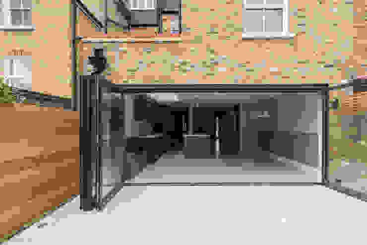 Double Storey Extension, Clapham SW11 Modern balcony, veranda & terrace by TOTUS Modern