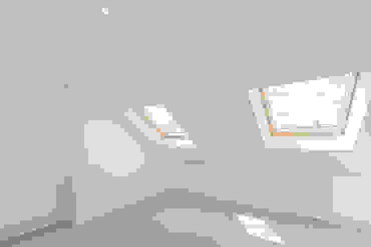 New Home Before Wedding. Wimbledon, SW19 Chambre moderne par TOTUS Moderne