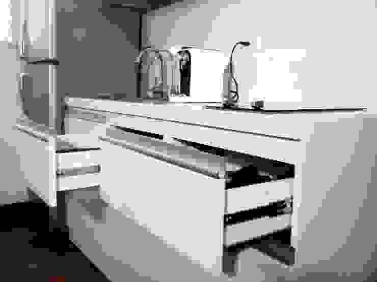 Dapur Minimalis Oleh Grupo Creativo DF, C.A. Minimalis MDF