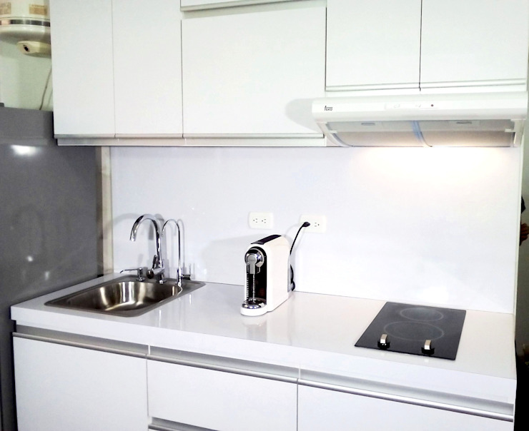 Grupo Creativo DF, C.A. Kitchen MDF White