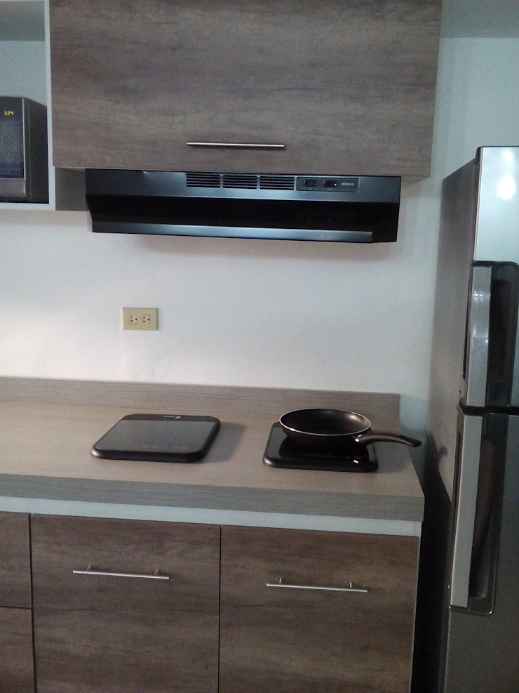 Grupo Creativo DF, C.A. KitchenCabinets & shelves MDF Wood effect