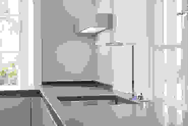 SALLIER WOHNEN SYLT Modern kitchen Granite Grey