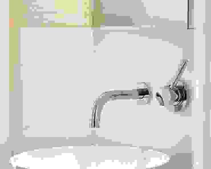 SALLIER WOHNEN SYLT Modern bathroom Glass Grey