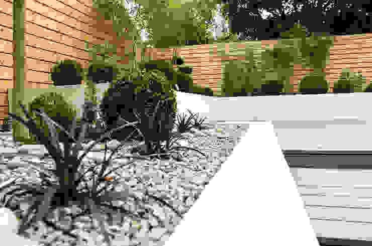 Small, low maintenance garden Yorkshire Gardens Minimalist style garden Stone
