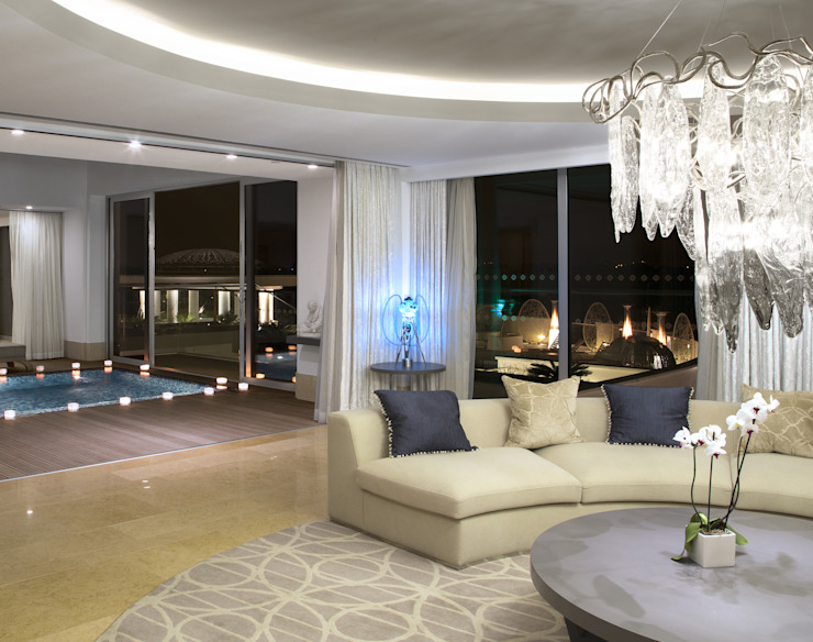 5 stars Hotel Master Suite with SERIP chandeliers Hotéis modernos por Serip Moderno