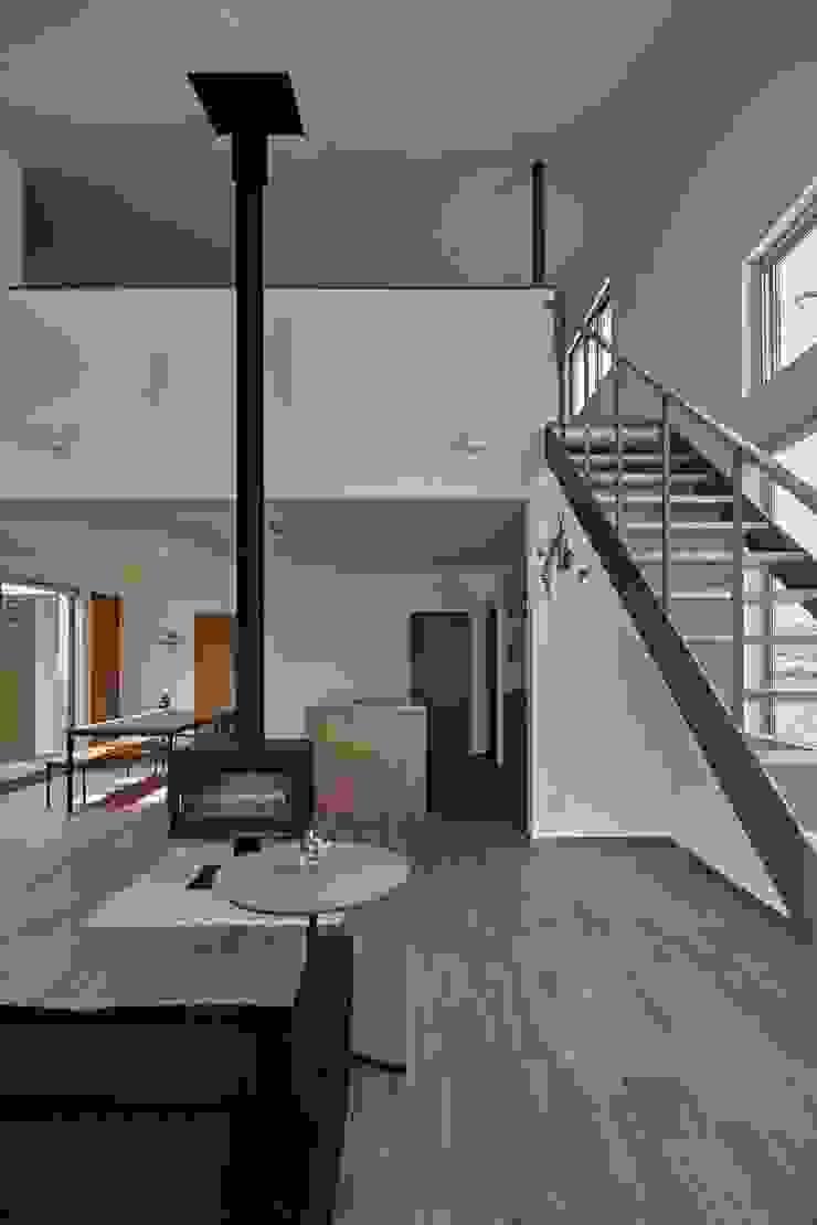 toki Architect design office Modern living room