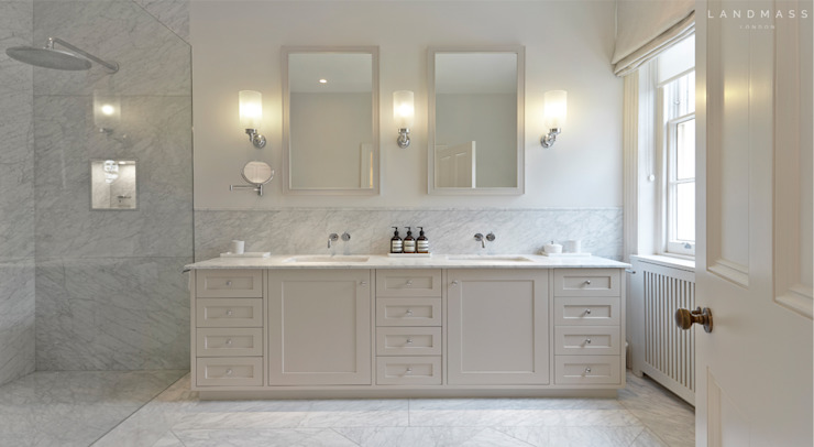 MASTER BATHROOM Landmass London Classic style bathroom
