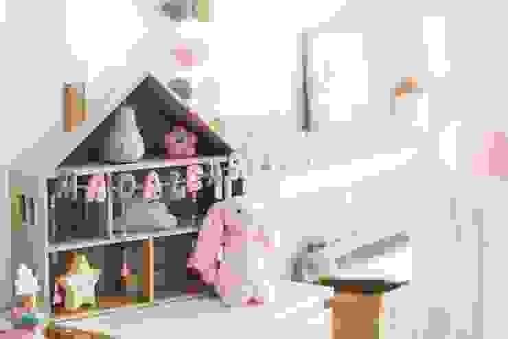 Детская комната в стиле модерн от In&Out Модерн