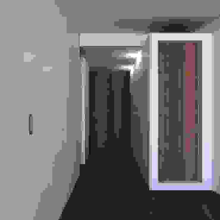 Habitação FR Quartos modernos por ARTEQUITECTOS Moderno