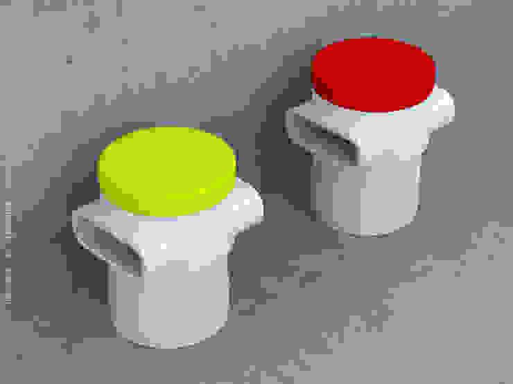 Stools: modern  by Preetham  Interior Designer,Modern
