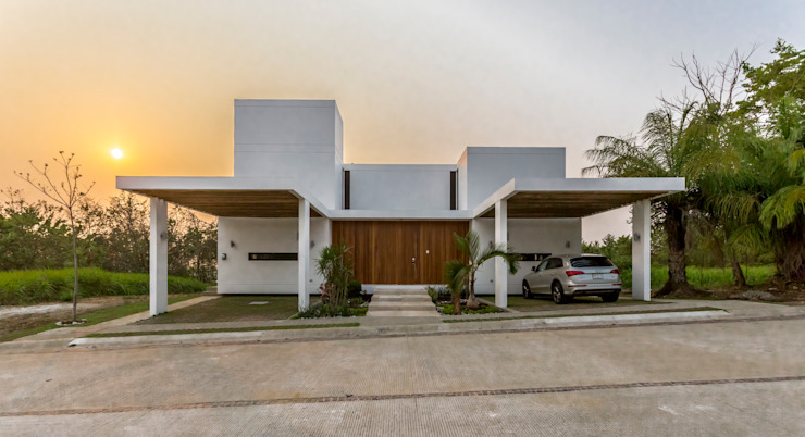 Yucatan Green Design Minimalist house