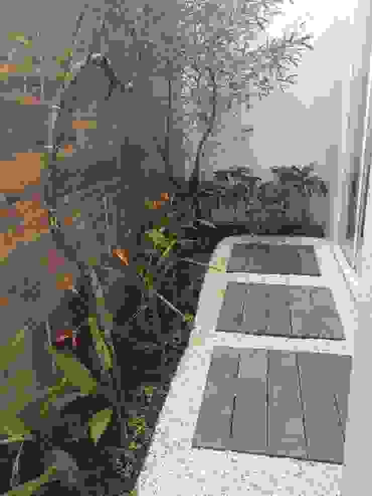 Eneida Lima Paisagismo Tropical style garden