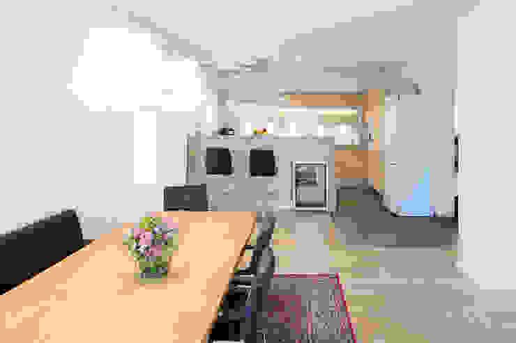 Kathameno Interior Design e.U. Dapur Gaya Skandinavia