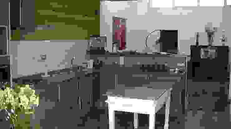 Vivienda Sustentable en Castelar Cocinas minimalistas de Alvarez Farabello Arquitectos Minimalista