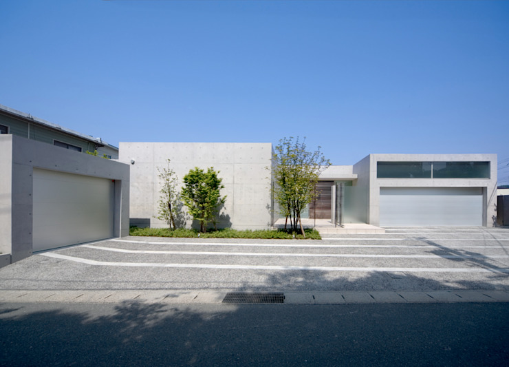 Atelier Square Modern Houses Concrete White