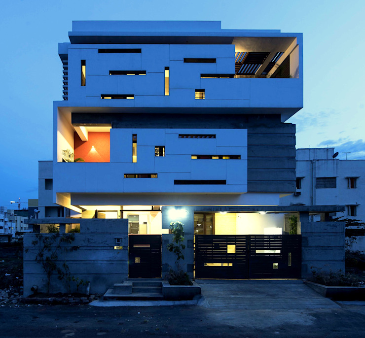 UMA GOPINATH RESIDENCE Modern houses by Muraliarchitects Modern