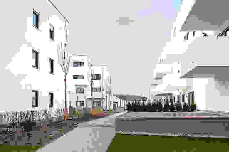 Vierzig Wohneinheiten plusEnergieArchitektur Moderne Häuser