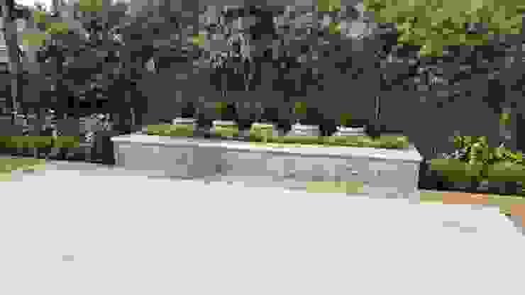 Piscinas de estilo mediterráneo de Gorgeous Gardens Mediterráneo
