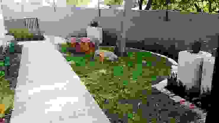 Menlo Park Modern Garden by Gorgeous Gardens Modern