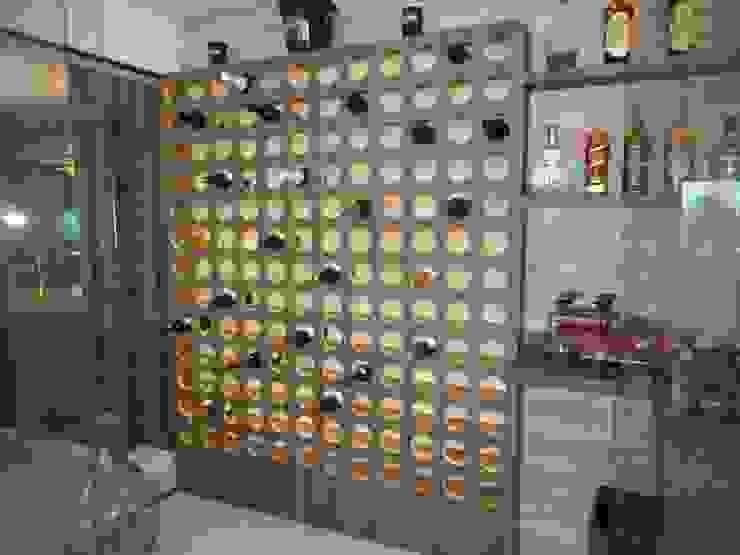 Metamorfose Arquitetura e Urbanismo Modern wine cellar Glass
