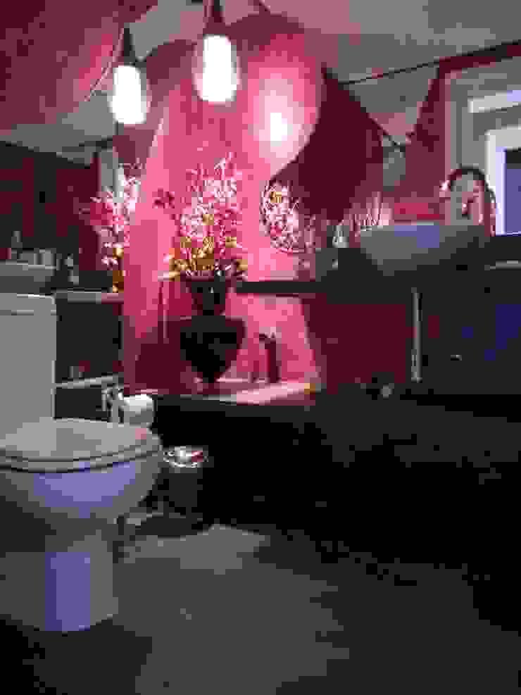 Metamorfose Arquitetura e Urbanismo Modern bathroom