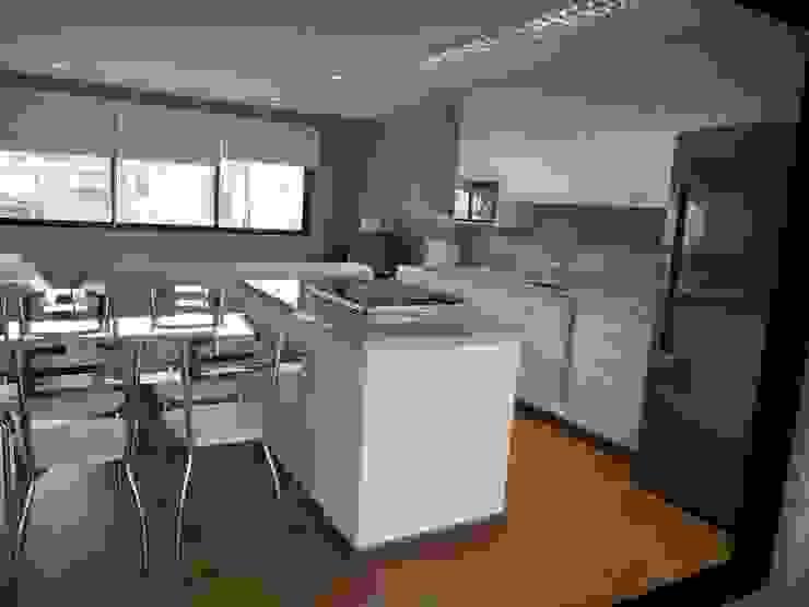 Cozinha integrada com a sala Cozinhas rústicas por Metamorfose Arquitetura e Urbanismo Rústico