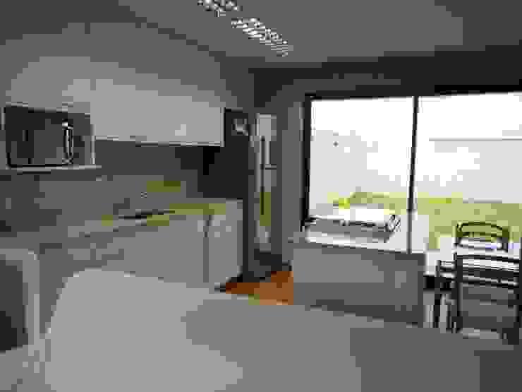 Cozinha Cozinhas rústicas por Metamorfose Arquitetura e Urbanismo Rústico