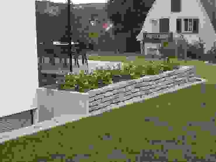 KAISER + KAISER - Visionen für Freiräume GbR GiardinoRecinzioni Granito