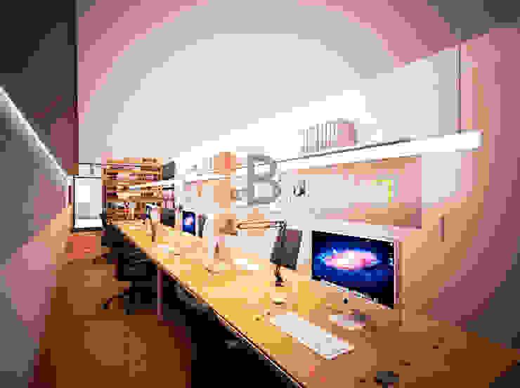 Renders. 3D. Despacho. Estudio de Brick Serveis d'Interiorisme S.L.